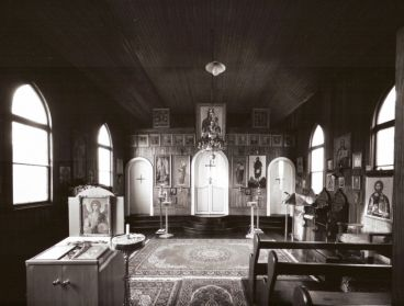 Laurence Aberhart - Interior #1, St Michael's Orthodox Church, St Kilda, Dunedin, 16 April 1999