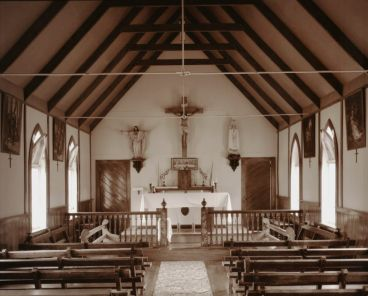 Laurence Aberhart - Interior, catholic church, Moututi, Hokianga Harbour, Northland, 29 April 1982